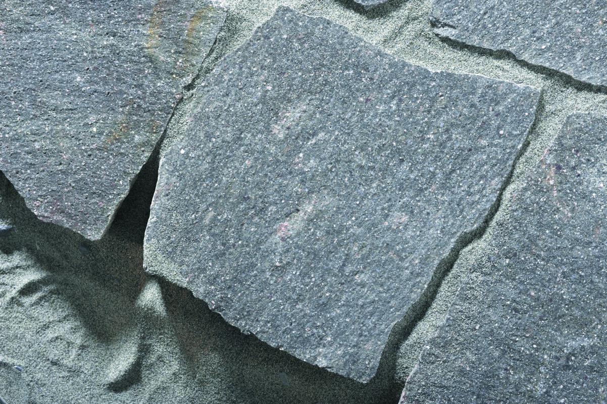Pietra Verde Rivestimento : Porfido grigio verde pietre raffaele cileo pietra di trani