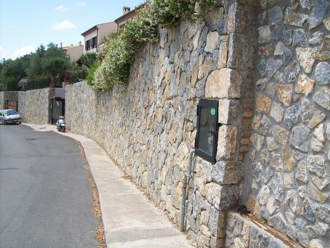 Muro esterno pietre raffaele cileo pietra di trani - Rasatura muro esterno ...