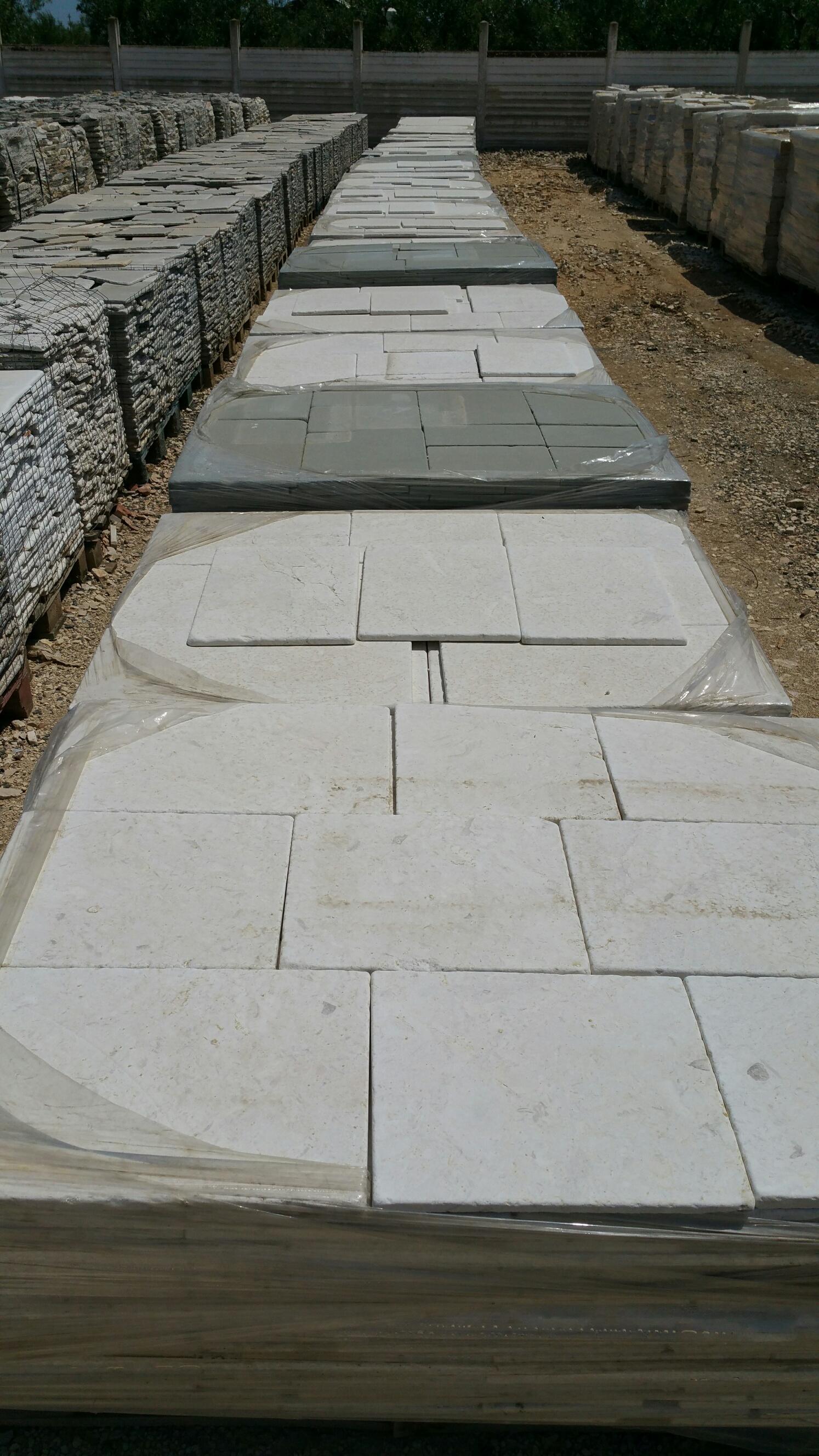 Bordi piscine archivi pietre raffaele cileo pietra di for Bordi per piscina prezzi