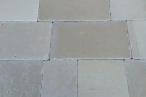 Pavimento In Pietra Naturale Per Interni : Pavimentazione per esterni pietra di luserna opera incerta o
