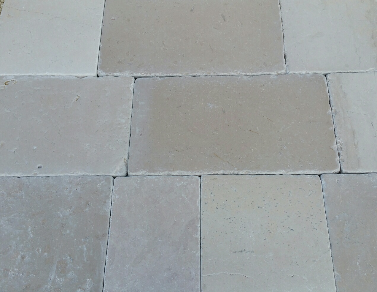 Offerte da non perdere pietre raffaele cileo pietra di for Pavimento esterno in pietra
