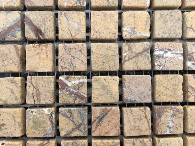 Mosaico fossile ocra