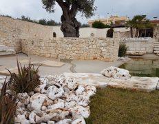 Arredo giardino in pietra anticata