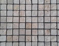 Mosaico travertino nocino anticato