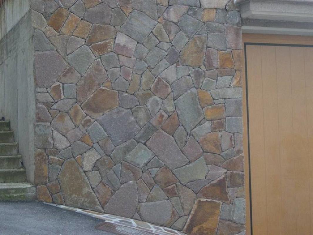 Pietra Verde Rivestimento : Verde india pietre raffaele cileo pietra di trani sokolvineyard.com