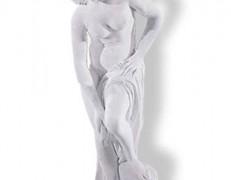 Sculture in marmo La Bagnante