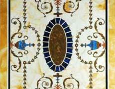 Tavolo intarsiato grottesca