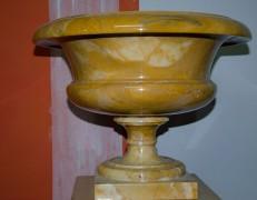 Vaso marmo giallo Siena
