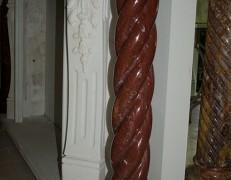 Colonna in marmo rosso Francia