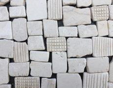 Mosaico pietrabianca quadropiatto